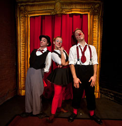 A scene from Circus in a Trunk