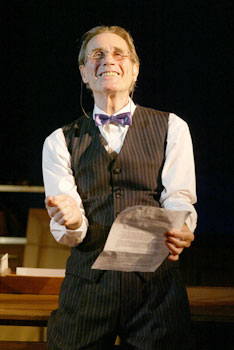 Jim Dale in Address Unknown(Photo © Carol Rosegg)