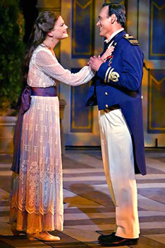 Kristen Johnston and Jimmy Smitsin Much Ado About Nothing(Photo © Michal Daniel)