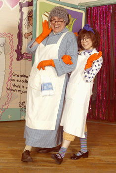 Michael McCoy and Mary Faberin Junie B. Jones(Photo &copy; Carol Rosegg)
