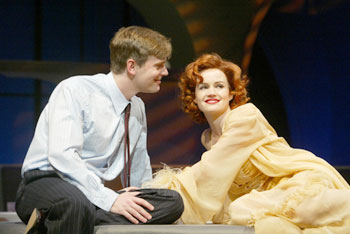 Peter Krause and Carla Gugino in After the Fall(Photo © Joan Marcus)
