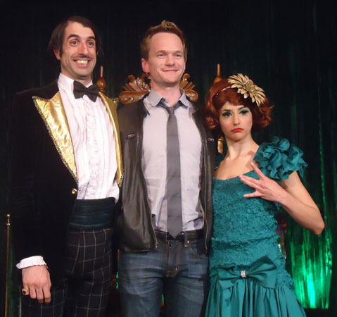 Neil Patrick Harris (center) with The Gazillionaire and Penny (© Cashman Photography)