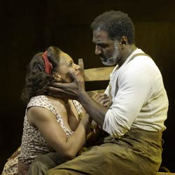 Audra McDonald and Norm Lewis in The Gershwins' Porgy & Bess (© Michael J. Lutch)