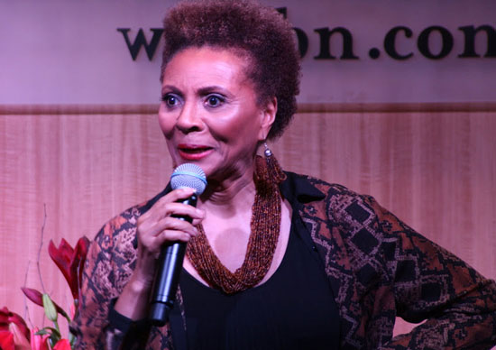 Leslie Uggams performs at Barnes & Noble