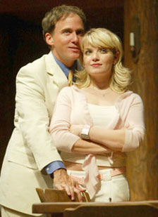 Neal Huff and Mary Catherine Garrisonin The Foreigner(Photo © Joan Marcus)