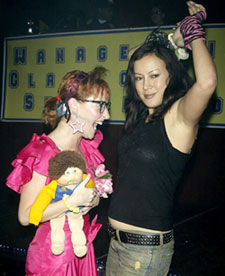 Jennifer Tilly with Kathy Searle, having a ballat The Awesome '80s Prom(Photo © Joseph Marzullo)