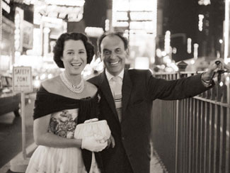 Kitty Carlisle and Moss Hart(Alfred Eisenstaedt/Time Life Pictures/Getty Images)