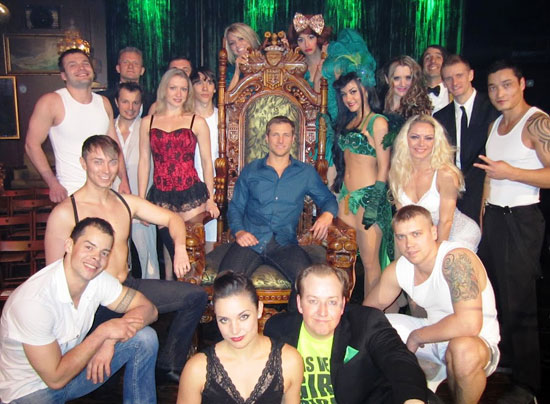 Jake Pavelka with the cast of Absinthe