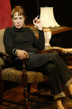 Elizabeth Marvel in A Second Hand Memory(Photo © Carol Rosegg)