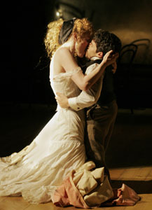 Vivienne Benesch and Mark Povinelli in Belle Epoque