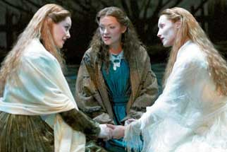 Jill Paice,  Maria Friedman, and Angela Christianin The Woman in White(Photo © Manuel Harlan)