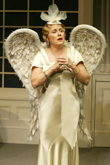 Judy Kaye in Souvenir(Photo © Carol Rosegg)