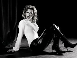 Sandra Bernhard
