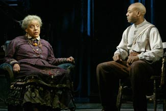 Phylicia Rashad and John Earl Jelks in Gem of the Ocean(Photo © Carol Rosegg)