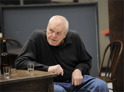 Brian Dennehy in rehearsal for The Icemn Cometh