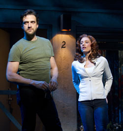 Raúl Esparza and Jessica Phillips