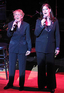 Liz and Ann Hampton Callaway(Photo © Michael Portantiere)