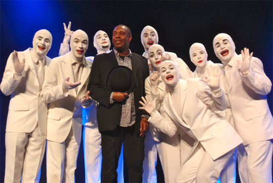 Michael Winslow and Voca People (© H. E. Yhoman)