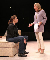 Elizabeth Marvel and Stockard Channing in Other Desert Cities (© Joan Marcus)