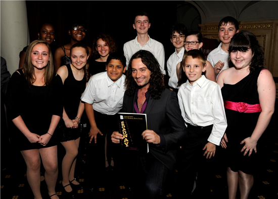 Constantine Maroulis with the Inside Broadway kids (© Elena Olivo)