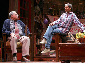 James Earl Jones and Leslie Uggams in On Golden Pond(Photo © Joan Marcus)
