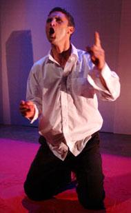 Christopher Simon in Bulbul