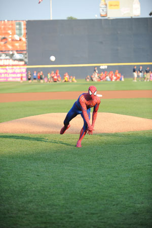 Spider-Man throws the pitch (Courtesy of the Trenton Thunder)
