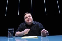 Mike Daisey in The Agony and The Ecstasy of Steve Jobs (© Stan Barouh)