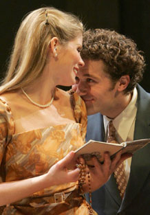 Kelli O'Hara and Matthew Morrison inThe Light in the Piazza(Photo © Joan Marcus)