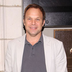 Norbert Leo Butz