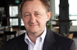 Andrew Upton