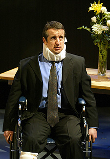 "Grant Shaud in ""Love is Deaf""(Photo © Carol Rosegg)"