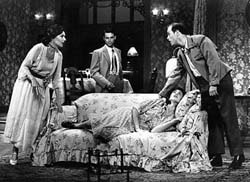 Susan Sullivan, Tony Crane,Rachel Robinson, and Raphael Sbargein The Glass Menagerie