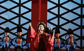 Lady Yang and friends in Cathay: Three Tales of China (Photo © Chris Bennion)