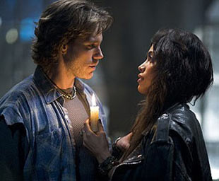 Adam Pascal and Rosario Dawson in Rent