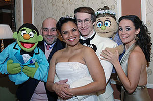 Newlyweds Rick Lyon and Tonya Dixon-Lyon withco-stars David Benoit (with Nicky) andBrynn O'Malley (with Kate Monster)