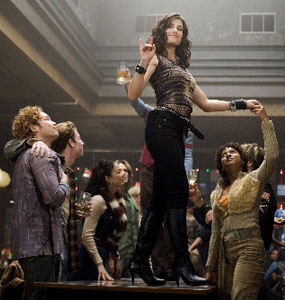 Idina Menzel and company in Rent
