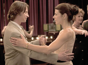 Robert Carlyle and Marisa Tomei in Marilyn Hotchkiss Ballroom Dancing and Charm School (Photo © Samuel Goldwyn Pictures)
