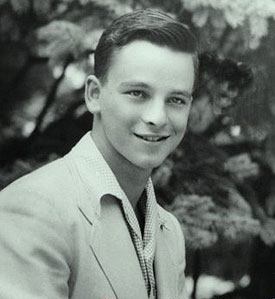 The young Stephen Sondheim(Photo detail from cover image of PS Classics CDSondheim Sings, Volume II: 1946-1960)