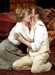 Meryl Streep and Kevin Kline  in The Seagull