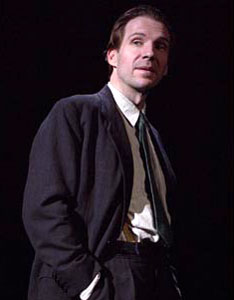Ralph Fiennes in Faith Healer