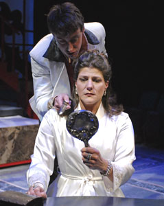 Christopher McLinden and Elizabeth Rich in The Duchess of Malfi
