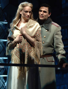 Jessica Burrows and Ivan Hernandezin Zhivago