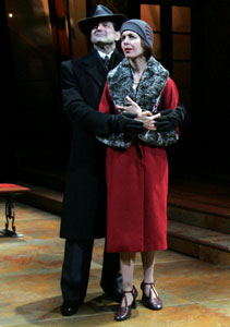 Mark Harelik and Jessica Hecht