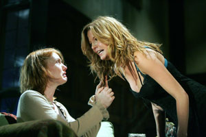 Alicia Witt and Kelly Reilly in Piano/Forte