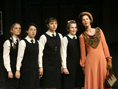 Halley Wegryn Gross, Sarah Steele, Zoe Kazan,