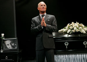 Ed Harris in Wrecks