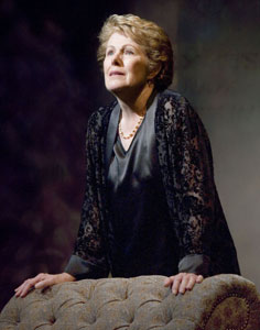 Lynn Redgrave in Nightingale