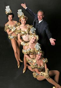Mark Jacoby and cast members
