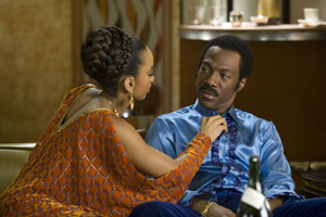 Anika Noni Rose and Eddie Murphy in Dreamgirls